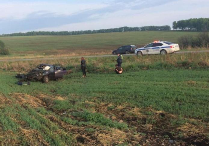 В Иркутской области в ДТП пострадали двое взрослых и двое подростков