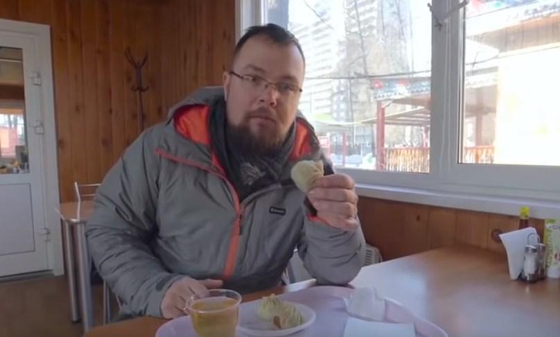 Журналиста Тима Керби покорили бурятские буузы