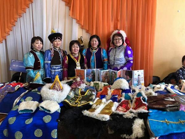 Выставка изделий из шкуры овец прошла в Селенгинском районе
