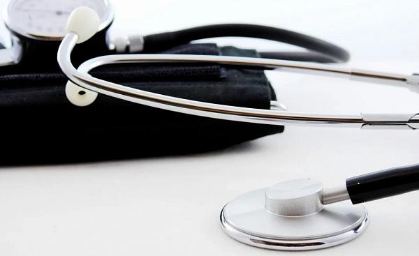 В Улан-Удэ живут на работе более 100 сотрудников инфекционной больницы