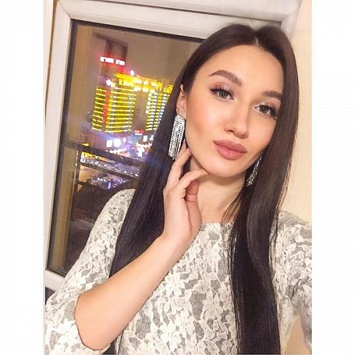 Красотка из Бурятии вышла в финал конкурса «Мисс офис»
