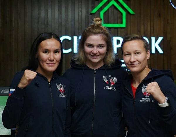 Член сборной по боксу из Бурятии показала «нашу банду»