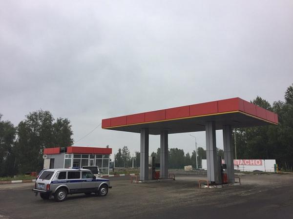 Злоумышленники спистолетами ограбили АЗС иубили кассира вИркутской области