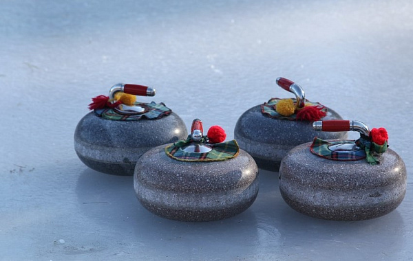 Иркутские керлингисты отправились на Европейский юношеский олимпийский фестиваль