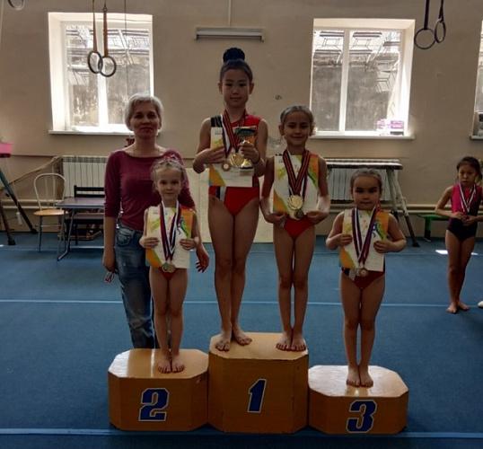 Гимнасты Улан-Удэ завоевали более 30 медалей турнира «На лучший балл»