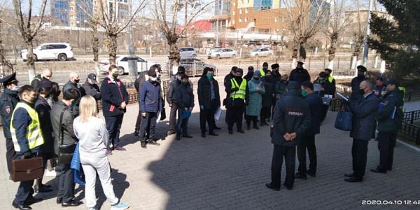 Чиновники начали выписывать протоколы на улицах Улан-Удэ