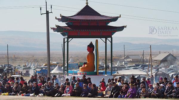 В Бурятии отметили 100-летие самой крупной буддийской ступы в стране